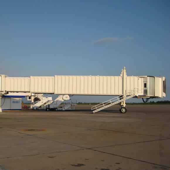 AeroWorks: Aeropasillos corrugados