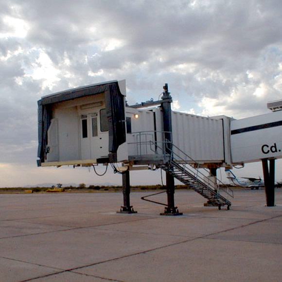 AeroWorks: Aeropasillo tipo pedestal